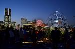 打越俊明(MIRRORBOWLER) 自転車で光る大きな卵 象の鼻パーク.jpg