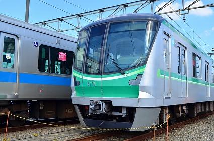東京メトロ16000系 小田急ファミリー鉄道展2014 .jpg