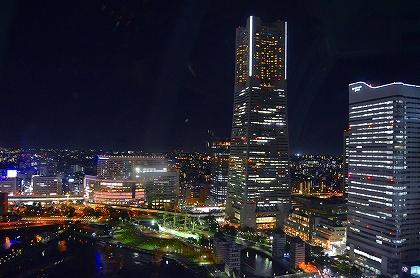 桜木町ーみなとみらい方向夜景.jpg