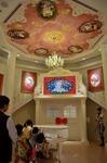 白いピアノホール  レディキティハウス サンリオピューロランド.jpg