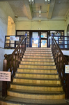 グリーンハウス2階玉屋食堂への階段.jpg